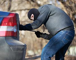 Zabezpečení vozidla proti krádeži a vandalismu